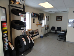 Countyline Automotive Auto Repair Lobby